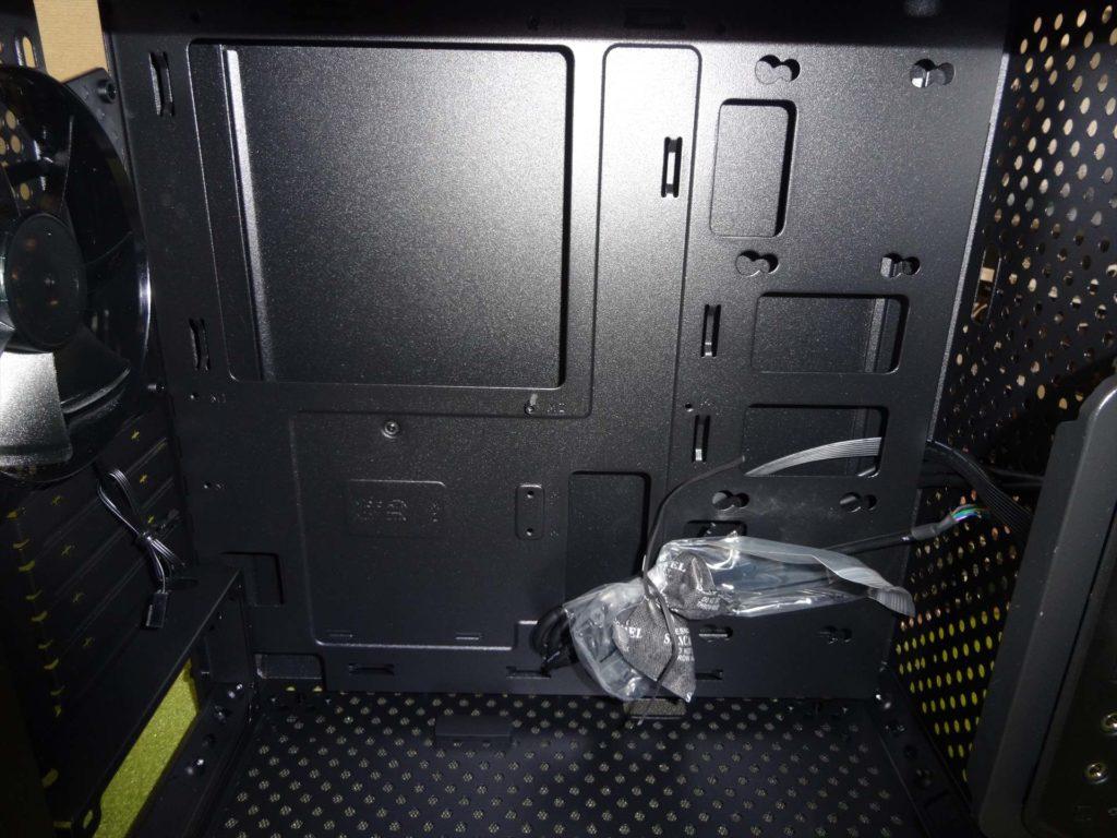 PCケースの内部